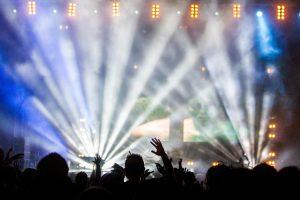 concert-336695_1920
