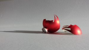christmas-ornament-701312_1920